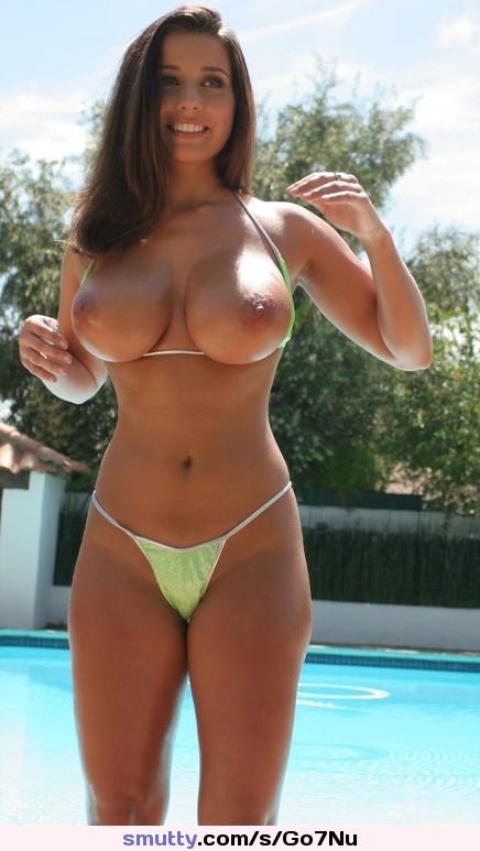 Sexy busty hooters bikini babes