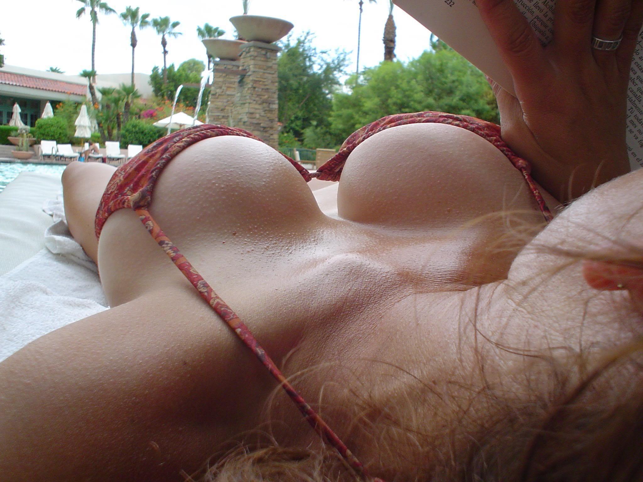 Секс малинки сисками 17 фотография