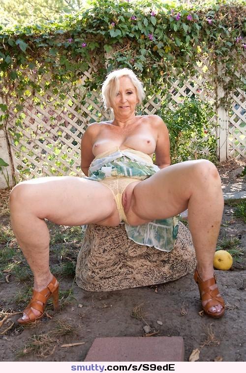 голые пышные девушки женщины бабули