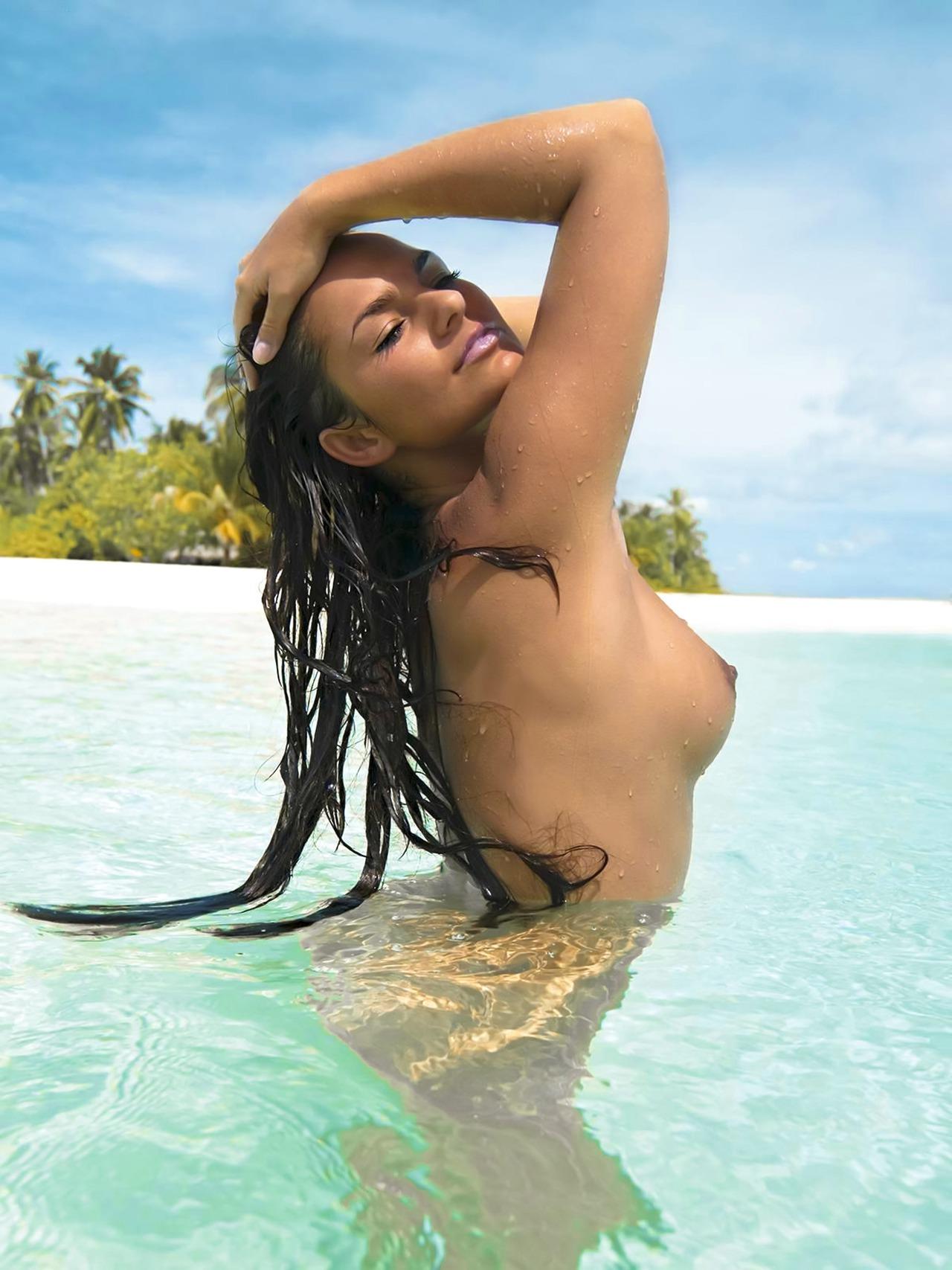 Посмотреть турецких голых девок 14 фотография